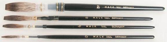 Mack Grey Pencil Quill Series 189L: #9, With Black Lacquered Handle
