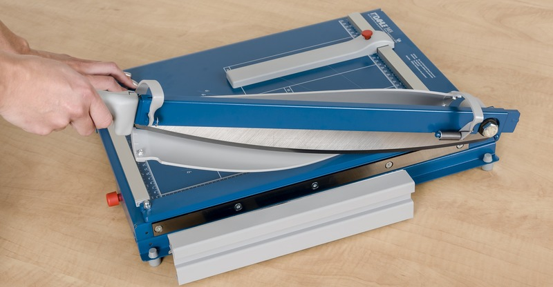 "Dahle 565 Premium Guillotine - 15 1/8"" cutting length"