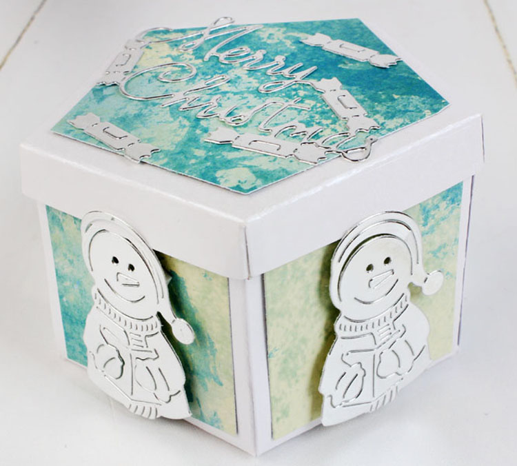 Essentials by Tattered Lace - Trio of Snowmen