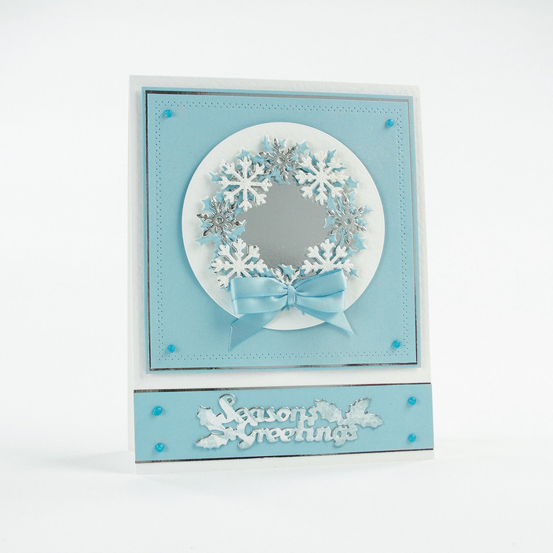 Christmas Rococo - Holly Bouquet Die Set - 1383E