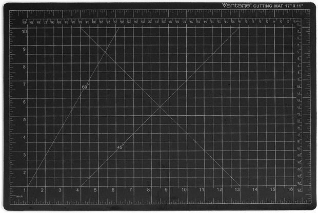 Dahle Vantage Self Healing Cutting Mat: Black, 36 x 48 Inches Cut Size
