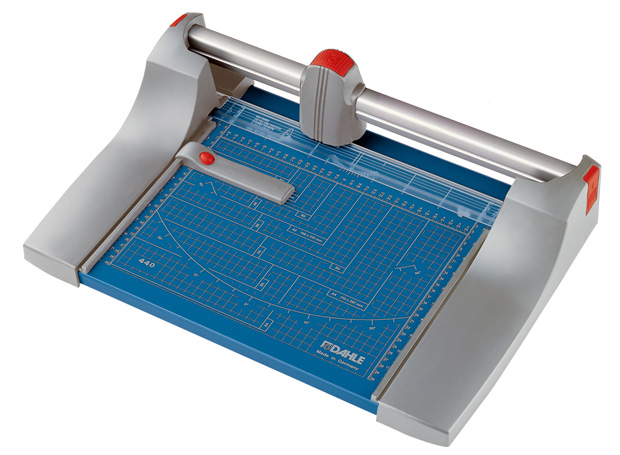 Dahle Premium Rolling Trimmer: 14 1/8 Inch Cut Length
