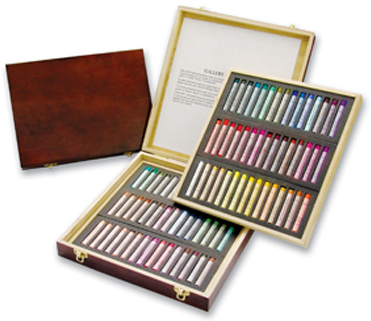 Gallery Extra Soft Pastel 90 Colors in Wooden Box