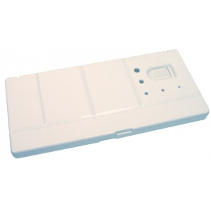 "Heritage Arts™ 29-Well Folding Watercolor Palette: White/Ivory, Cover, Plastic, 29 Wells, Rectangle, 5 1/2"" x 12"", Tray"